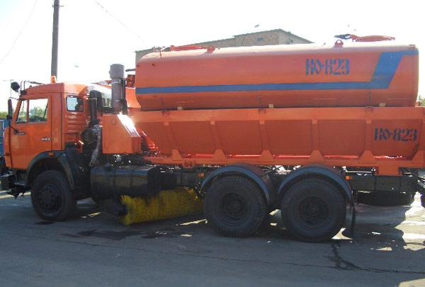 Машина дорожно-комбинированная КО 823-01