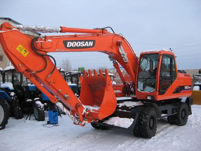 Экскаватор колесный Doosan S180W-V
