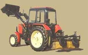Машина подметально-уборочная МТЗ-82.1 (с погрузочным ковшом и щеткой)