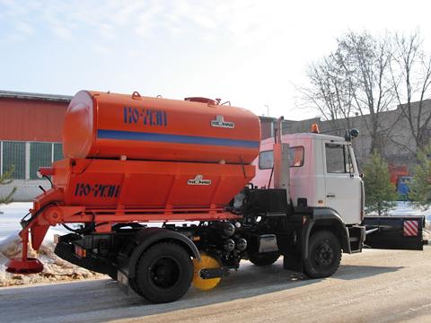Машина дорожно-комбинированная КО-713Н-40