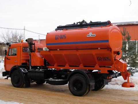 Машина дорожно-комбинированная КО-806