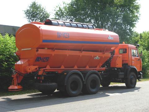 Машина дорожно-комбинированная КО-823-10